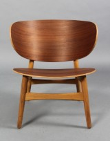 Hans J. Wegner. Shell chair, 'Venus chair', oak and walnut