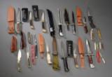 Samling af knive og dolke