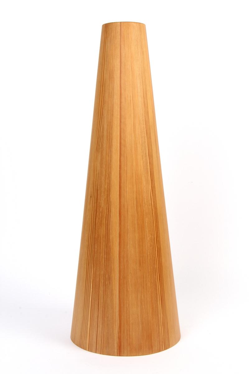 Jørgen Wolf. Conus pendel, oregon pine, 60 cm - Jørgen Wolf. Conus pendel af Oregon pine. H. 60 cm. Udført hos snedkermester Christian A. Wolf