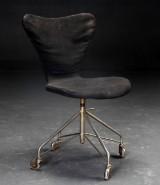 Arne Jacobsen. Kontorstol, model 3117, 'Syveren'