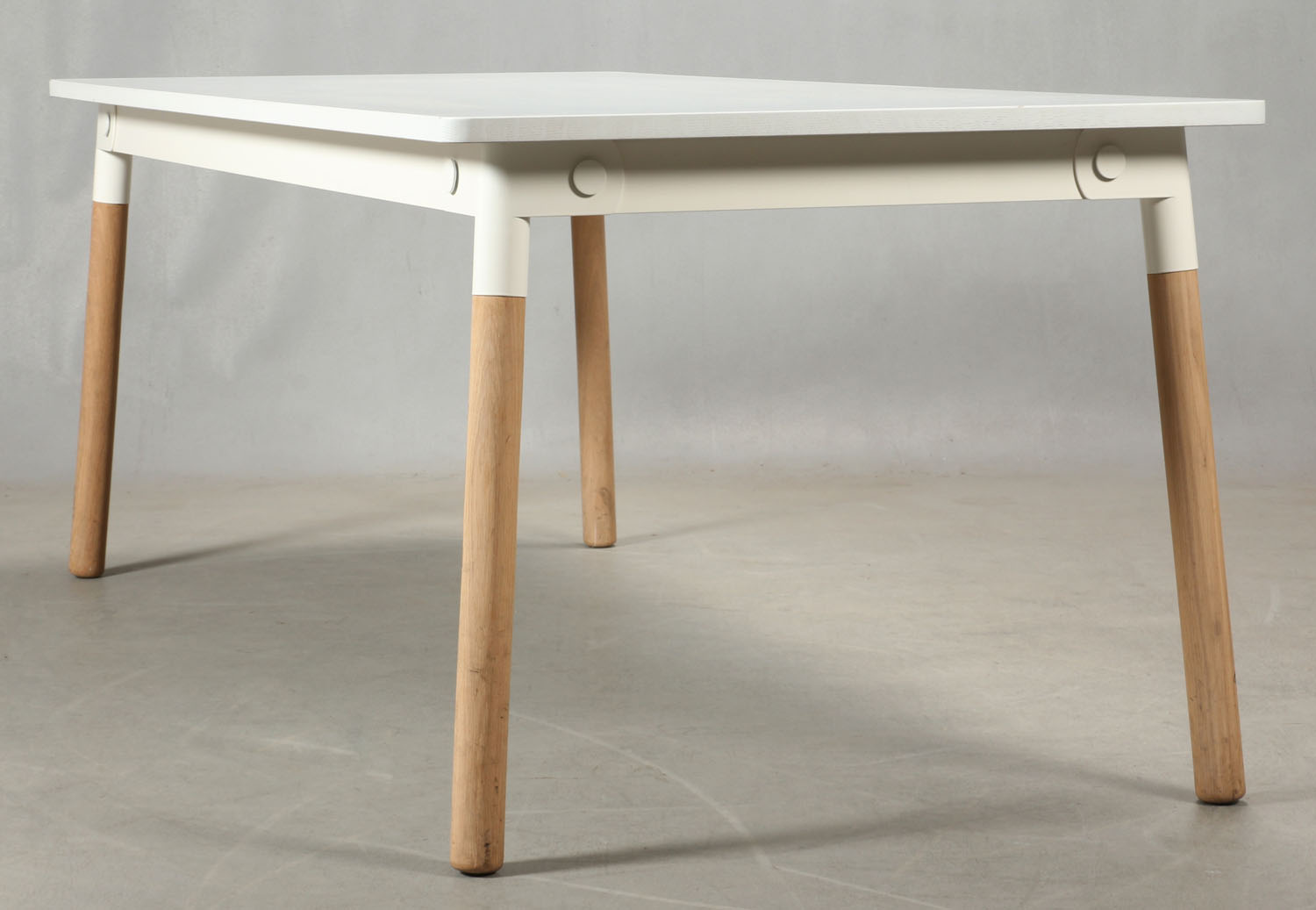 Muuto Adaptable Spisebord | FINN.no