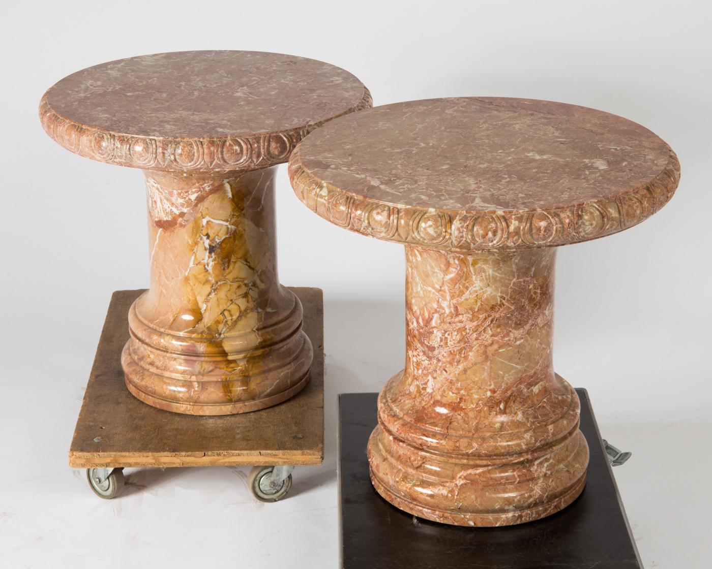 Zwei Beistelltische   Bistro-Tische 101e7e17ad8c0
