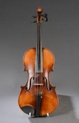 Violin med kasse, Kopi efter Stradevarius