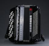 Bugari Armando. Knapharmonika, model SuperCassotto