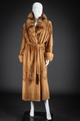 Plucked mink coat with sable lapels, size 40/42. Gavazzi Furs