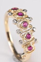 Rubin- og diamantring