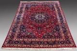 Meshed tæppe. Persien. 420 x 304 cm.
