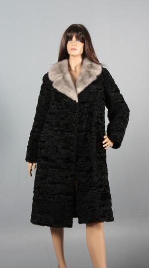 3bd83c6a Slutpris för Persianer pels med minkbesætning, str.