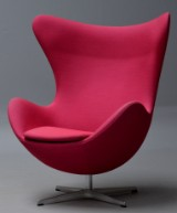 Arne Jacobsen. Lounge chair, The Egg, model 3316 in 'Steelcut Trio'