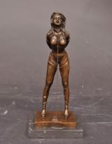 Erotisk Skulptur i form af kvinde