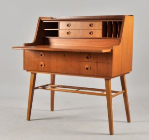 slutpris f r sekret r i teak 1950 60 tal. Black Bedroom Furniture Sets. Home Design Ideas
