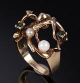 Ole Lynggaard. Vintagering i 14 kt. guld med peridoter og perler