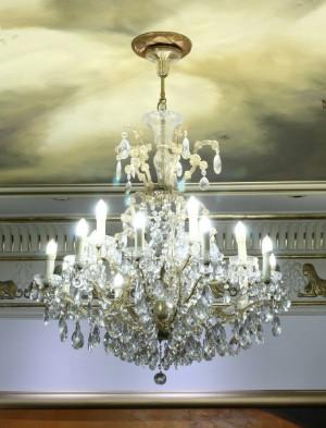 fantastiske prismelysekroner fra royal casino i aarhus. Black Bedroom Furniture Sets. Home Design Ideas