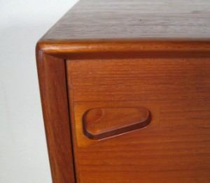 m bel teak sideboard der 1950 60er jahre wohl skandinavisch de d sseldorf. Black Bedroom Furniture Sets. Home Design Ideas