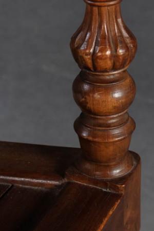 esstisch tisch mit vier st hlen eiche 5. Black Bedroom Furniture Sets. Home Design Ideas