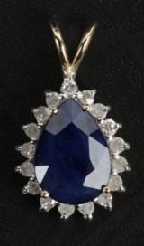 Safir- og diamantvedhæng, 9 kt. guld.