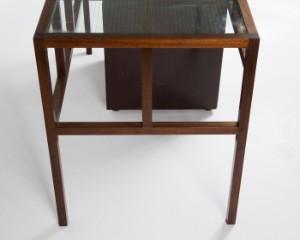 schreibtisch mit container holz glas. Black Bedroom Furniture Sets. Home Design Ideas
