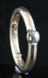 18kt Men`s heavy gold diamond ring approx. 1.05ct.