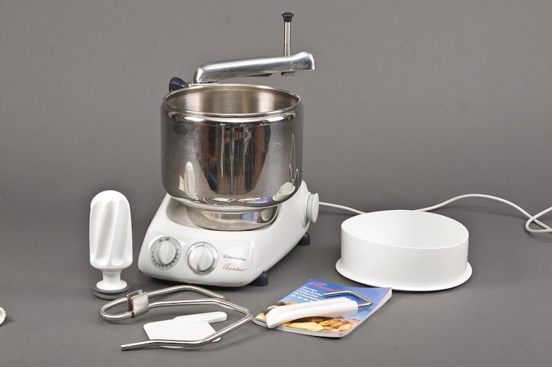 assistent køkkenmaskine brugsanvisning