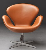 Arne Jacobsen. Lounge chair, The Swan, model 3320 - maker's 'Brown Label', 2013