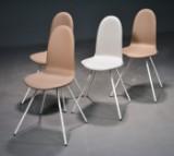 Arne Jacobsen. Fire stole, 'Tungen' (4)