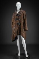 Italiensk modefrakke i changerende brunlige farver, str. 48/50