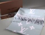 Louis Vuitton sjal/halstørklæde af 100% cashmere, pink og grå med logo