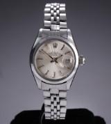 Rolex 'Date'. Vintage dameur i stål med sølvfarvet skive, ca. 1974