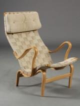 Bruno Matthson. Højrygget lænestol, model Eva