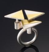 Peder Musse. Ring af sølv og guld med roterbare elementer