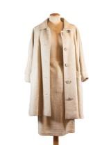 Outfit med kjol och kappa, beige ulltextil, 1900-talets första hälftl (2)