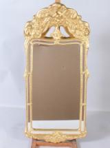 Spegel nyrokokostil