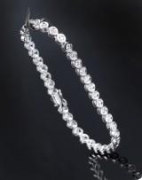 A modern tennis bracelet, 18 kt. white gold. 39 brilliant-cut diamonds, total approx. 2.50 ct