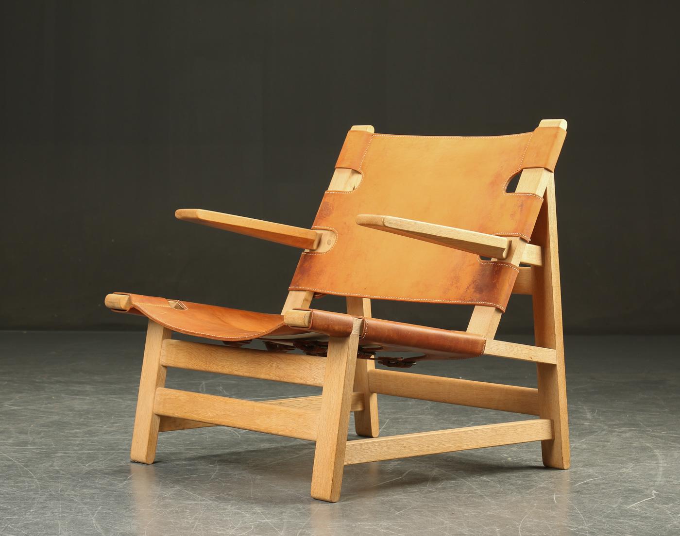 børge mogensen lænestol Auktionstipset   Børge Mogensen. Lænestol af eg og kernelæder  børge mogensen lænestol
