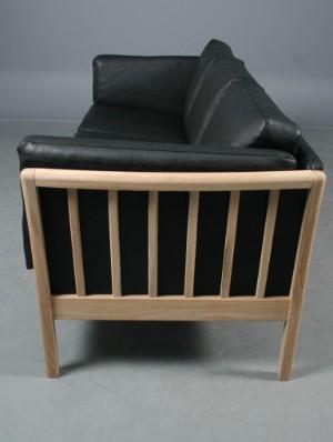 sofa dansk design Dansk Design: 3 pers. sofa, model Skagen, eg og sort læder  sofa dansk design