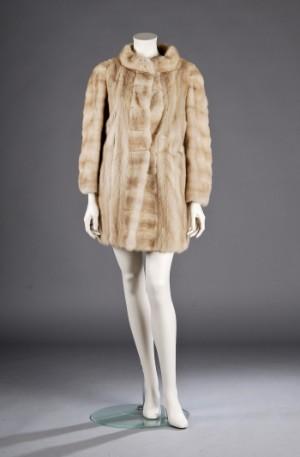 8fb0fe8a Birger Christensen palomino mink pels, ca. str. 40- 42 Denne vare er sat  til omsalg under nyt varenummer 2098767 | Lauritz.com