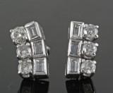 18kt. diamond earrings approx. 1.20ct (2)