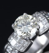 Modern diamond solitaire ring, platinum. total approx 2.69 ct