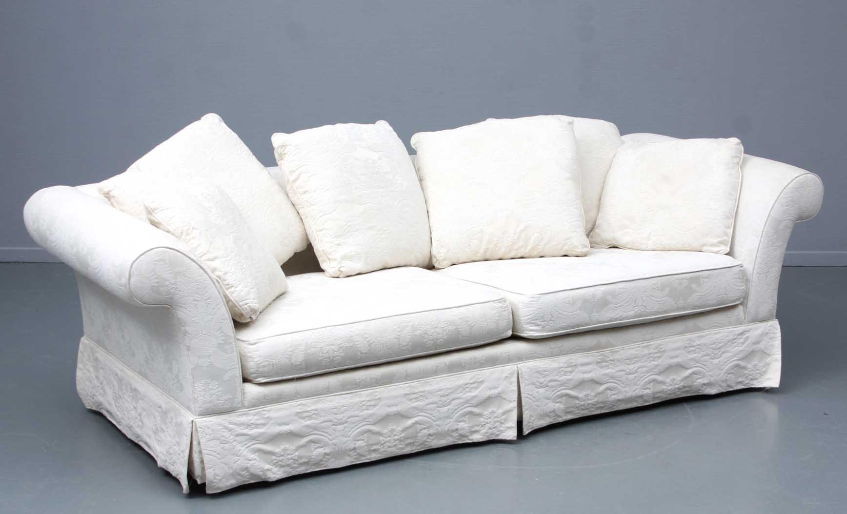 Bauhaus U.S.A. Inc. Tre Pers. Sofa Denne Vare Er Sat Til Omsalg Under Nyt