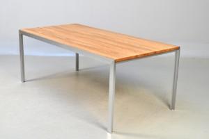 k b og s lg moderne klassiske og antikke m bler rolf hay bord model hay desk i massiv eg. Black Bedroom Furniture Sets. Home Design Ideas