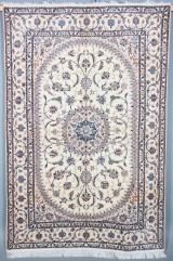 Persisk Nain m/ Silke, 258 x 170 cm