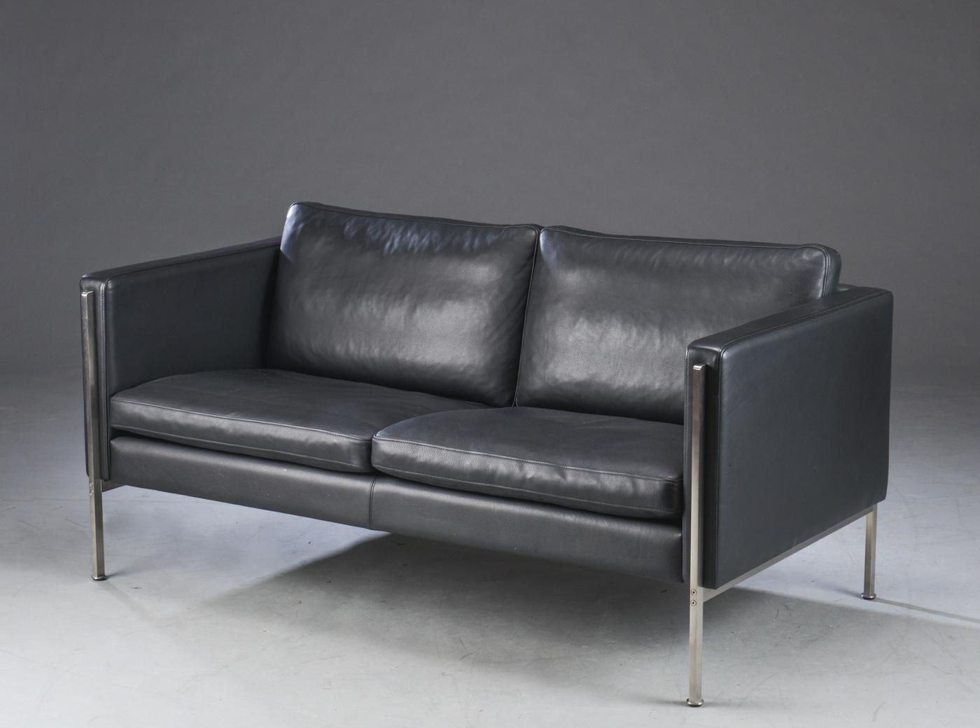 Skipper Furniture To Pers Sofa I Sort Laeder Model Capri Lauritz Com