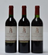 One bt. Chateau Latour 1982 and two bt. Chateau Latour 1986 (3)