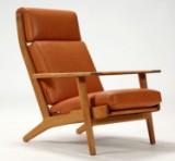 H. J. Wegner. Højrygget lænestol, model GE-290A