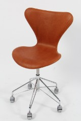 Arne Jacobsen. Kontorstol, model 3117