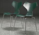 Arne Jacobsen. Et par 'Grand Prix', stole, model 3130 (2)