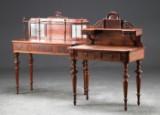 2 Christian IX dameskriveborde af nøddetræ, 1800-tallets slutning (2)