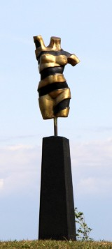 Pierre Martin. Bronzeskulptur. New Turning Torso, 'Female'. H. ca. 124 cm