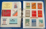 Samling cigaretemballage i album