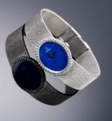 Omega. Vintage dameur i 18 kt. hvidguld med lapis lazuli skive og brillanter, ca. 1972